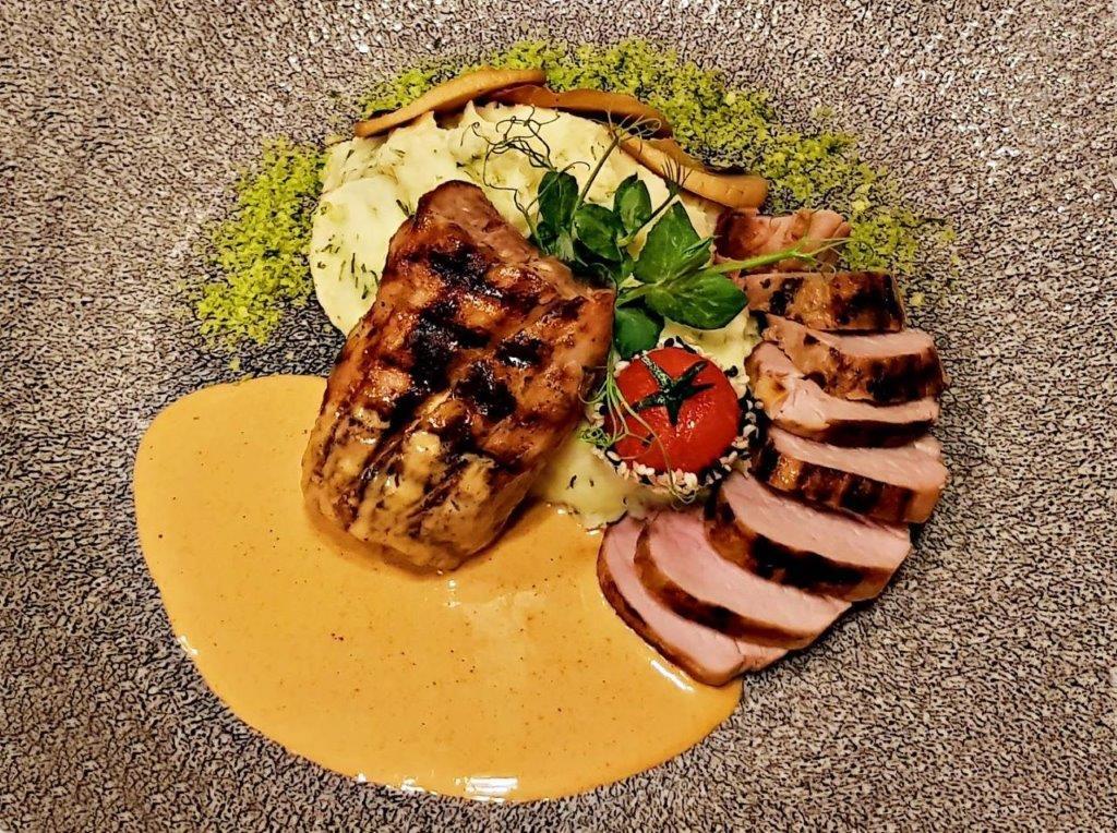 Pork Tenderloin with Mashed Potatoes
