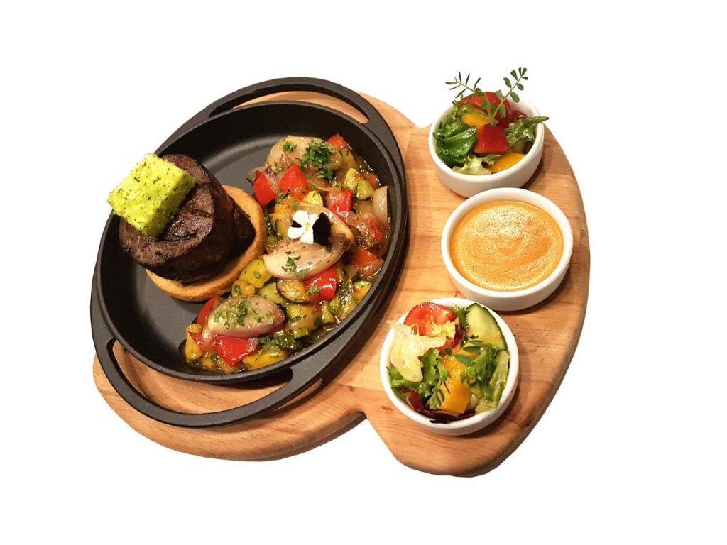 English-style Beef Tenderloin